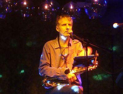 Saxophonist und Sänger bei den GROOVING HARMONISTS