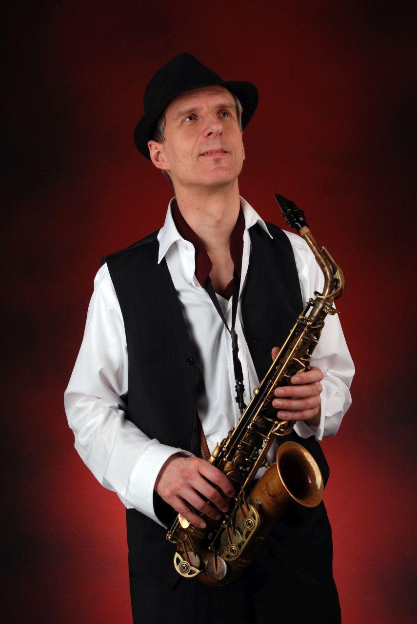 Saxophon solo, mit Gesang und Halbplaybacks oder Sax pur - Swing Alleinunterhalter