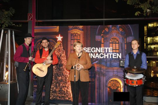 Adventsfeier mit prominenter Rednerin