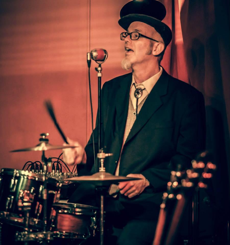 Drummer, Percussionist und Sänger bei den GROOVING HARMONISTS